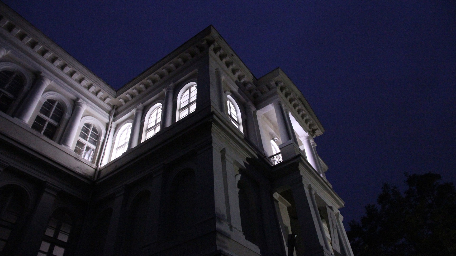 HR-Stamenov, Space 0 Space, 2012, light installation with sound, City Museum of Fine Arts, Plovdiv